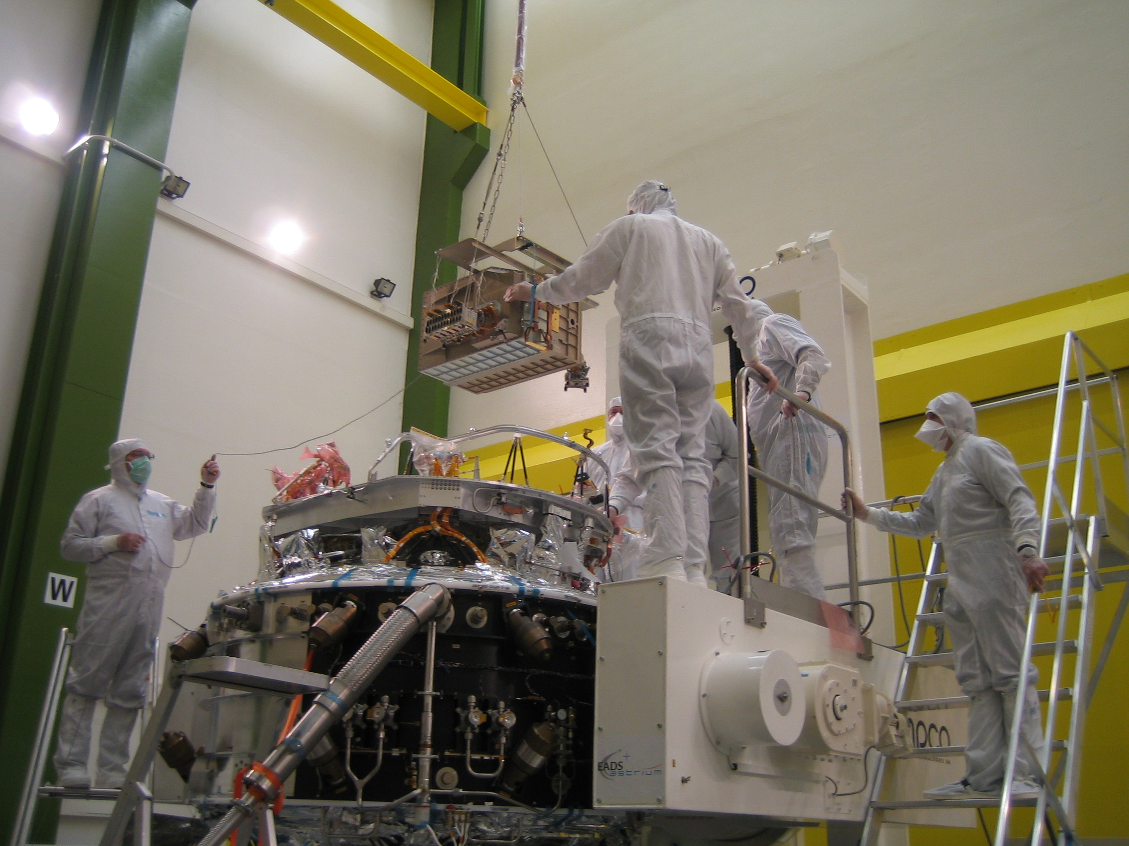 SPIRE FM FPU mounted on the Herschel flight cryostat optical bench in Astrium, Friedrichshafen, Germany.