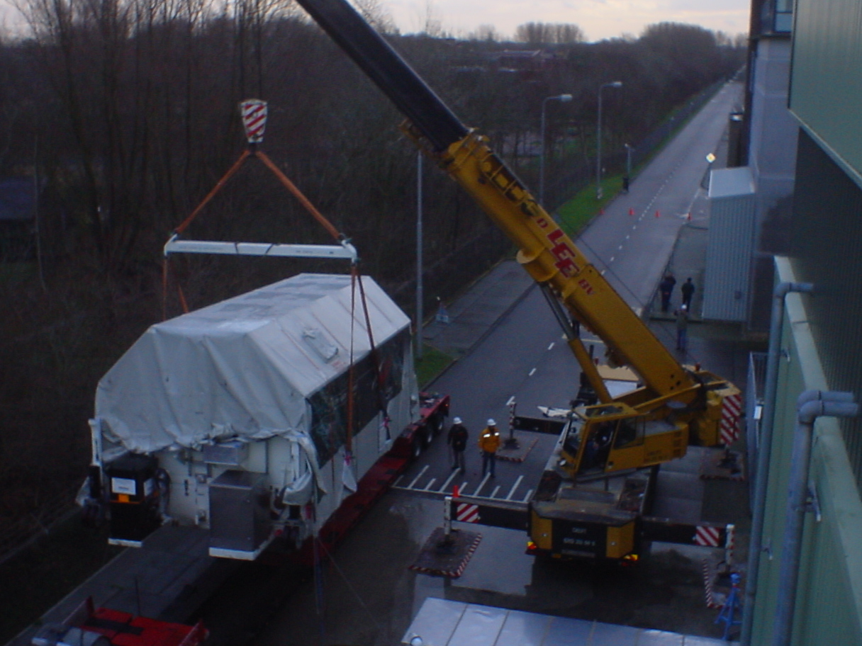 Herschel arriving at ESTEC. Lifting of Herschel transport container from truck