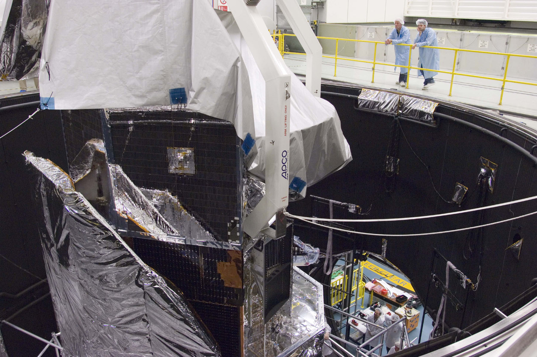 Herschel in the Large Space Simulator (LSS).